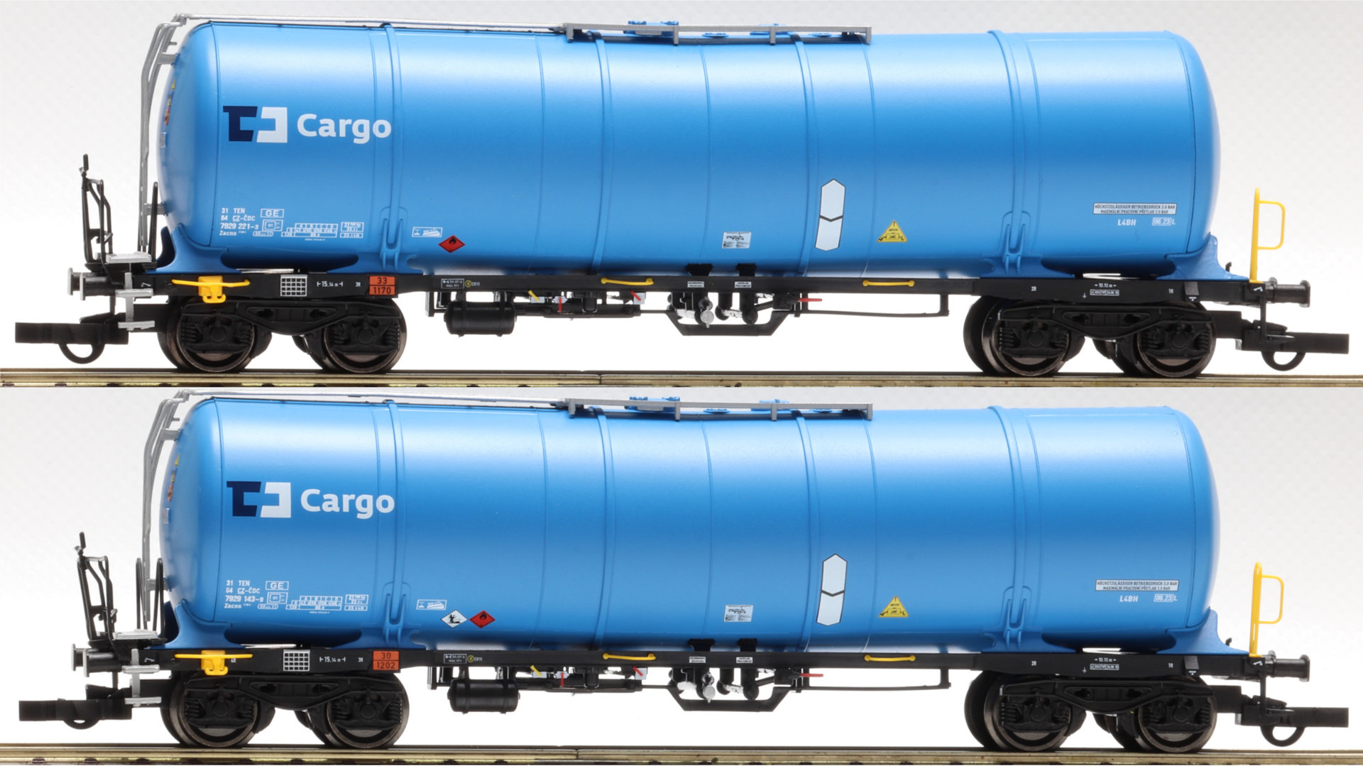 IGRA model  Kesselwagen-Set  Zacns 88, CD-Cargo 96210011